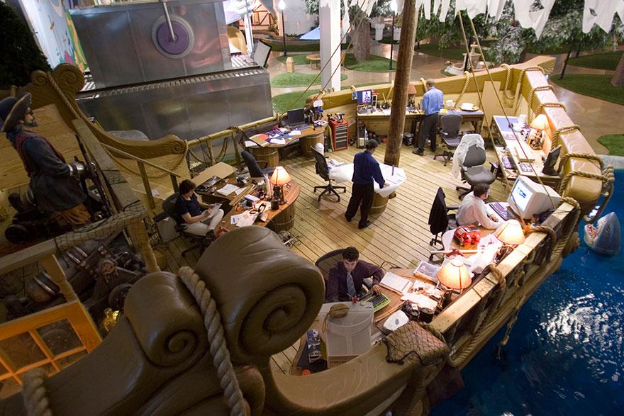 Las 12 oficinas mas chulas del mundo - Arquitectura Ideal - Inventionland Design Factory 4