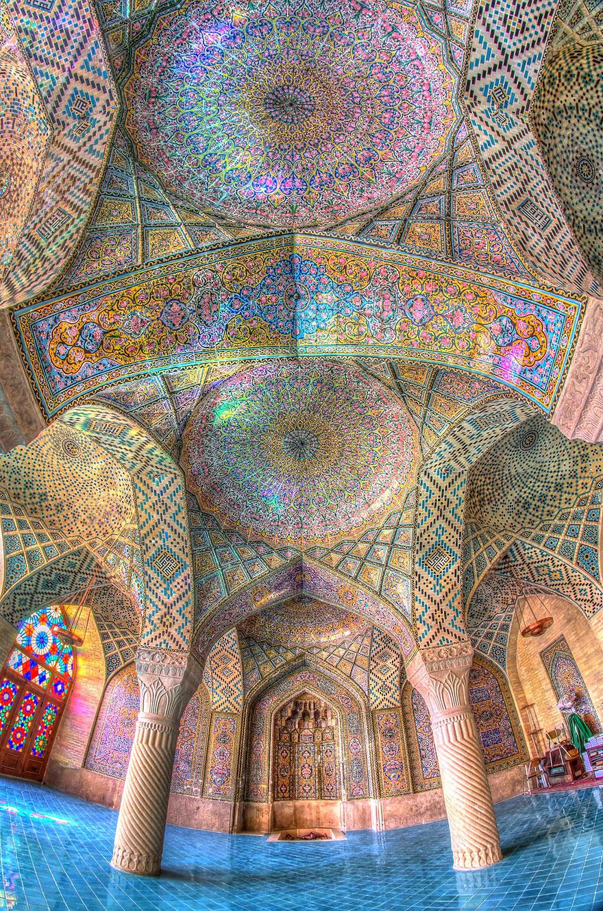 nasir al-mulk mosque shiraz iran