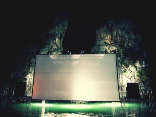El cine que flota en el agua ya es una realidad 5