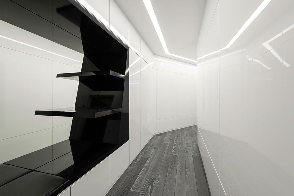 Geometria en blanco y negro en un apartamento de Moscu 11