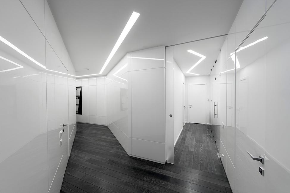 Geometria en blanco y negro en un apartamento de Moscu 12