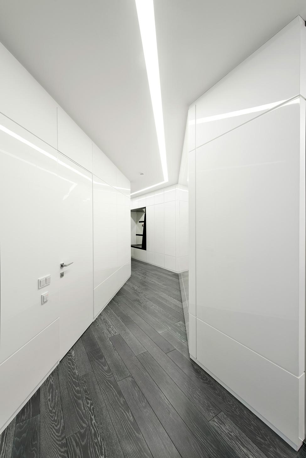 Geometria en blanco y negro en un apartamento de Moscu 13
