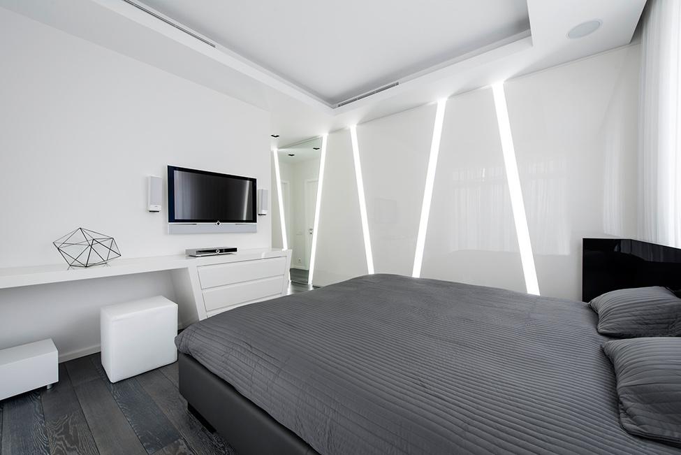 Geometria en blanco y negro en un apartamento de Moscu 14