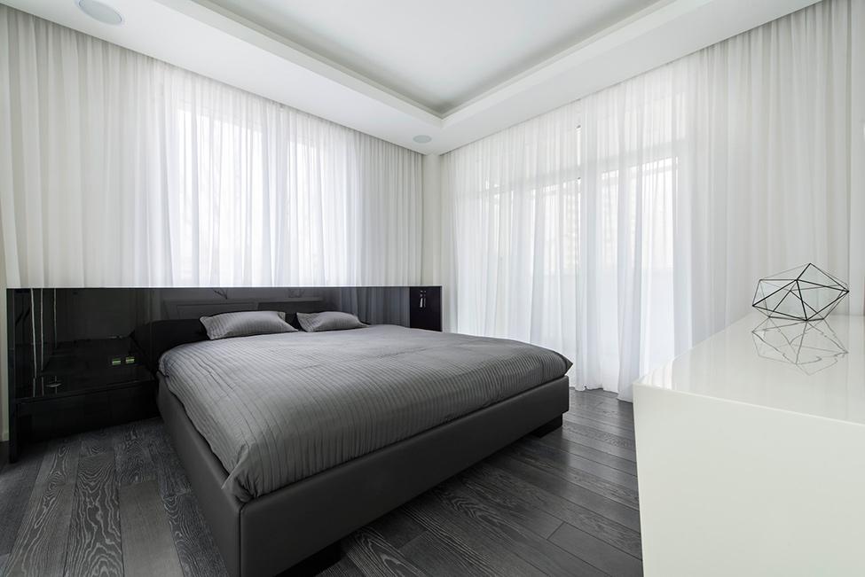 Geometria en blanco y negro en un apartamento de Moscu 15