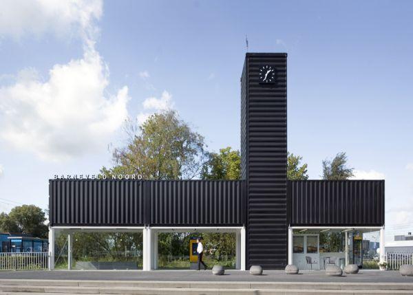 Increíble estación de tren de Holanda hecha con contenedores 1