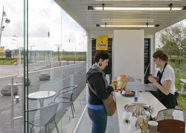 Increíble estación de tren de Holanda hecha con contenedores 6
