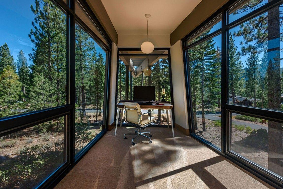Moderna cabaña en California que se funde con el paisaje 17