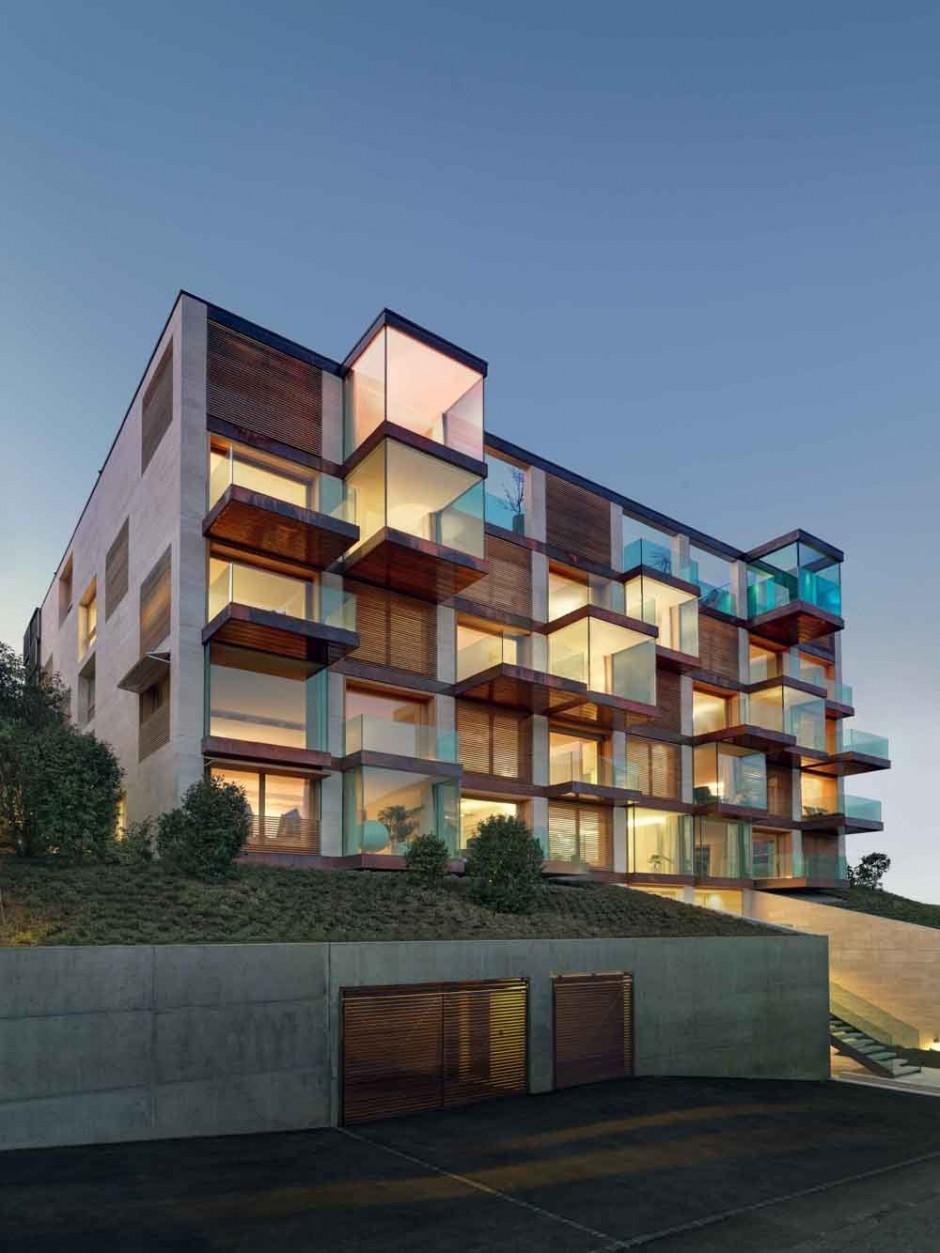 Urbanización de lujo con una fachada hecha de cubos de cristal 3