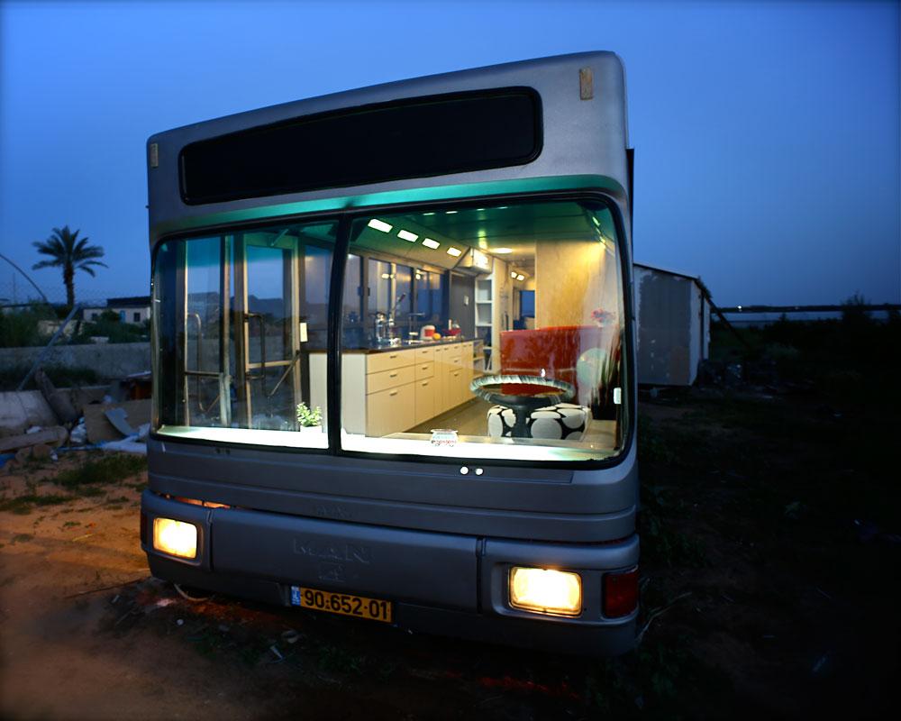 autobus viejo convertido en casa 1