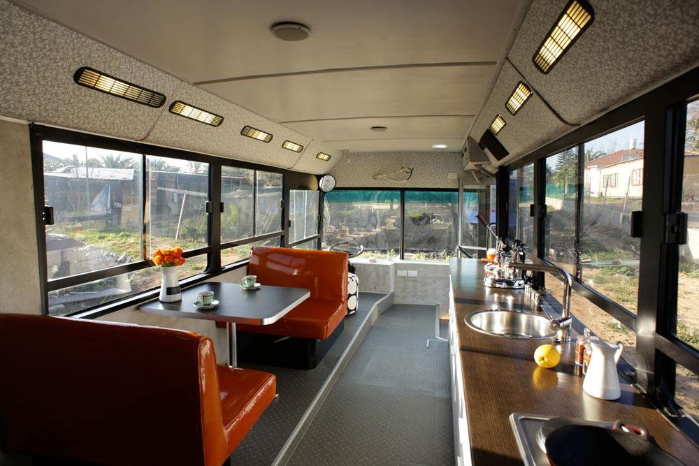autobus viejo convertido en casa 4