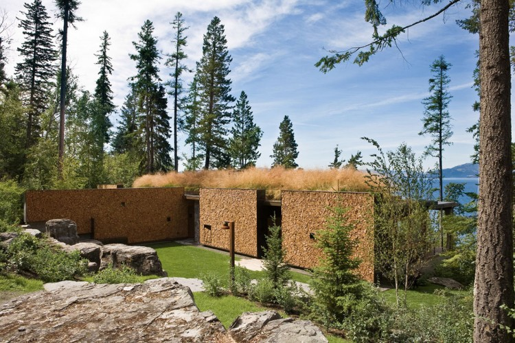 casa de campo roca y madera 5