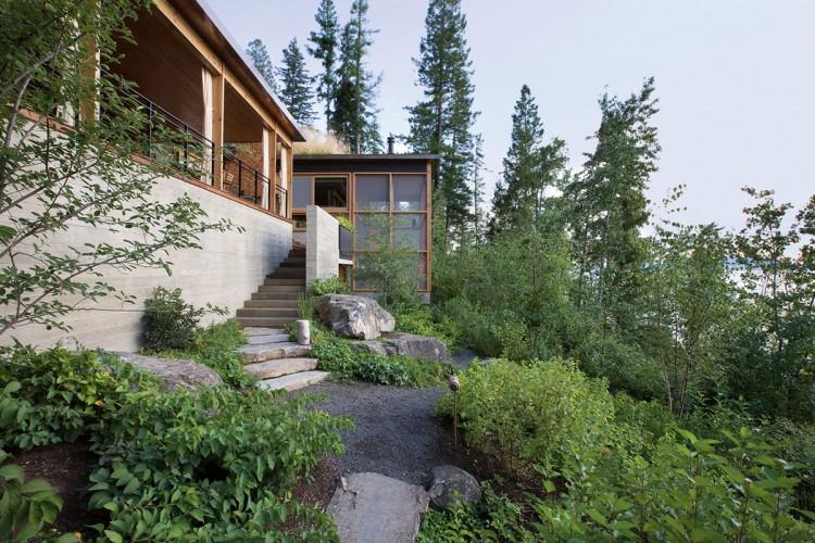 casa de campo roca y madera 8