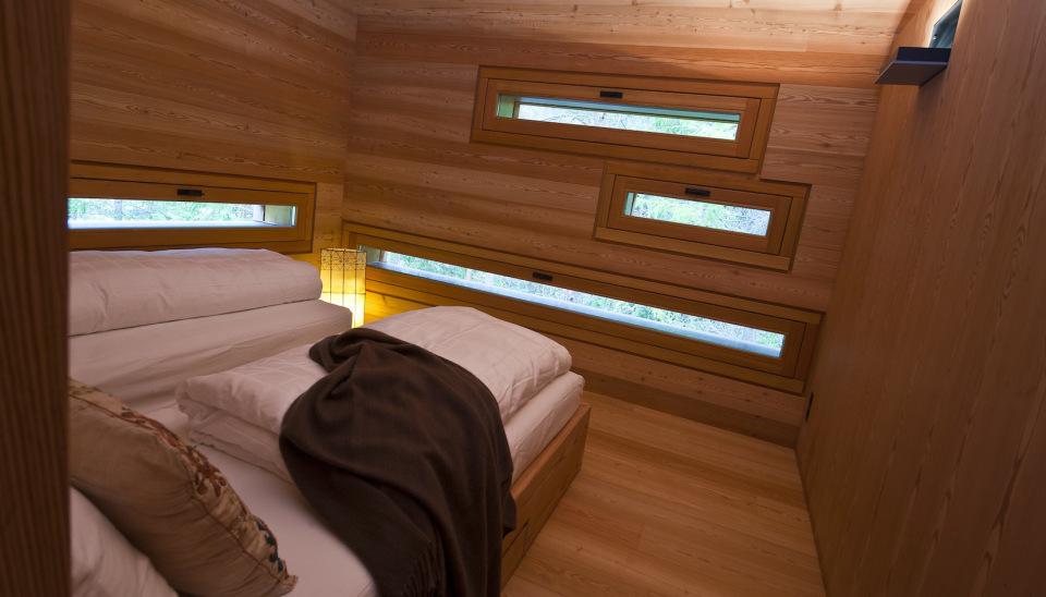Refugio alpino hecho en madera con un toque moderno 14