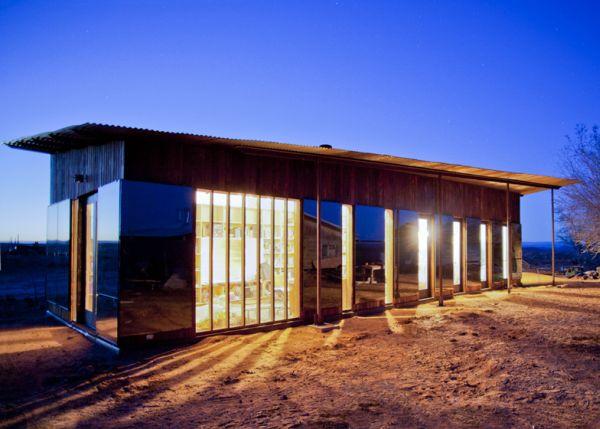 Una casa de ensueño hecha con materiales reciclados en 80 días por solo 25.000 dólares 11
