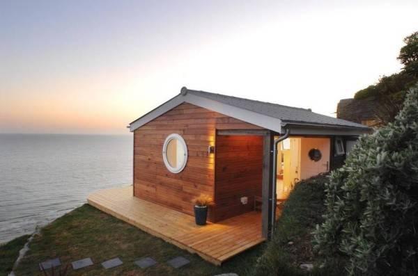 Una pequeña casa rural con encanto situada al lado del océano 1