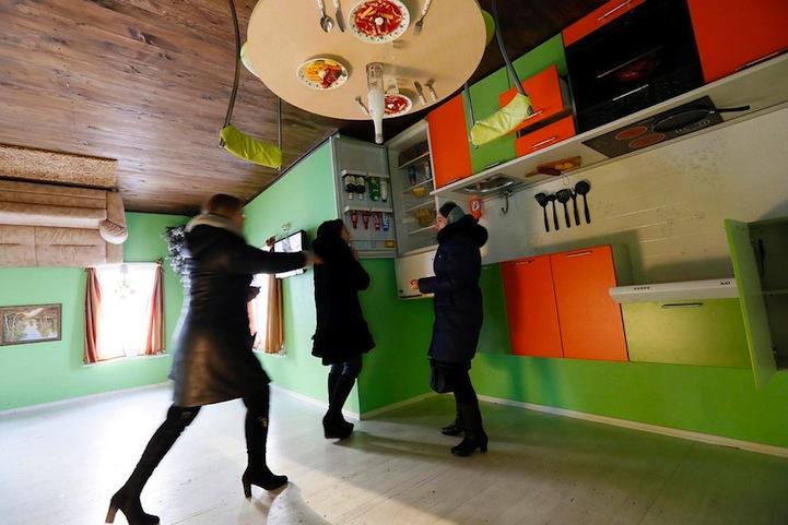 casa invertida siberia 6