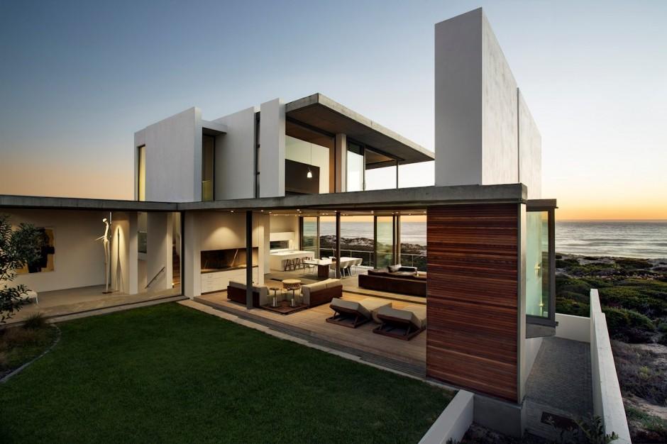 Apartamento de verano que se fusiona con sus vistas gracias a su diseño geométrico 1