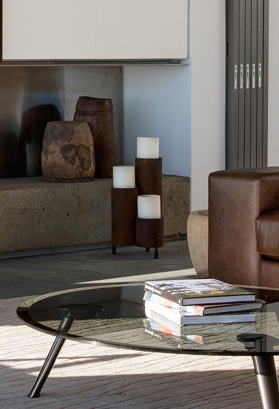 Apartamento de verano que se fusiona con sus vistas gracias a su diseño geométrico 10