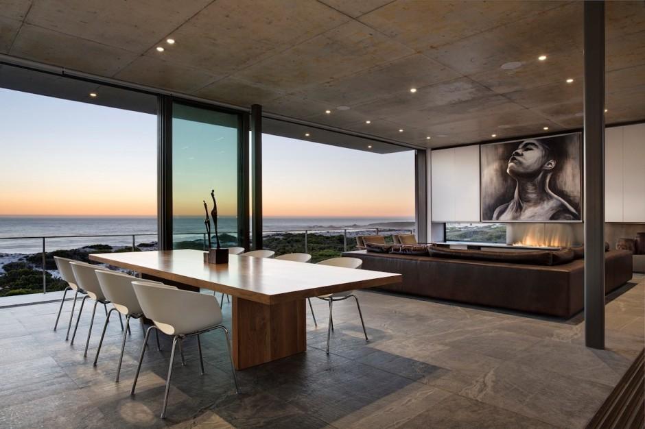 Apartamento de verano que se fusiona con sus vistas gracias a su diseño geométrico 13