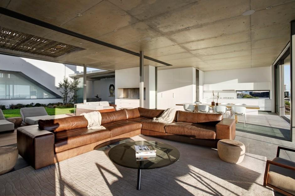 Apartamento de verano que se fusiona con sus vistas gracias a su diseño geométrico 6