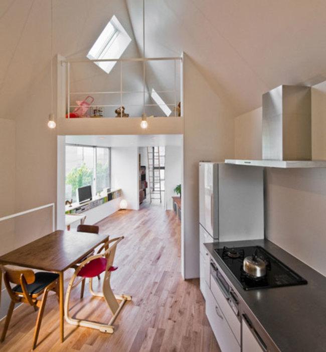 Esta pequeña casa triangular en realidad es una casa de ensueño 5