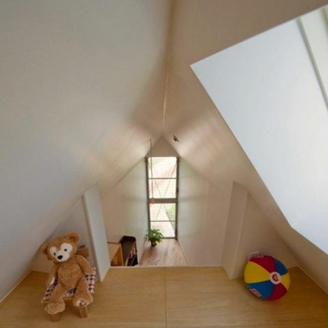 Esta pequeña casa triangular en realidad es una casa de ensueño 7