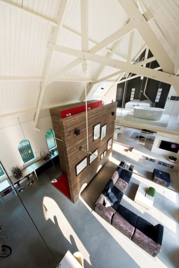 Histórica iglesia convertida en una casa privada en Holanda 4