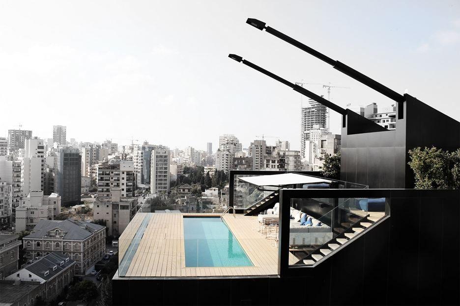 Residencia en Beirut construida sobre una estructura existente 11
