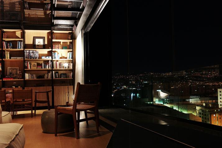 Residencia en Beirut construida sobre una estructura existente 7
