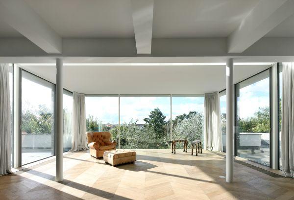 Una renovada residencia de 1938 con un ambiente elegante 6