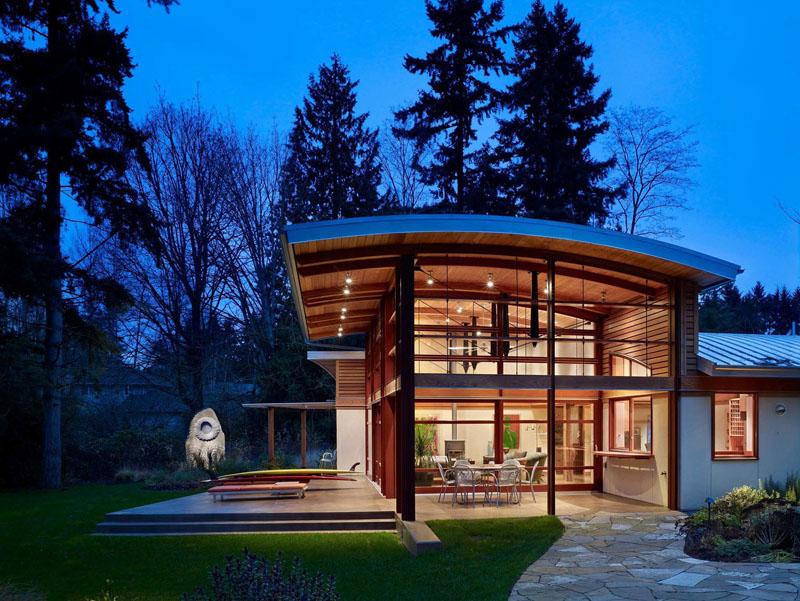Casa de campo con un original techo curvo