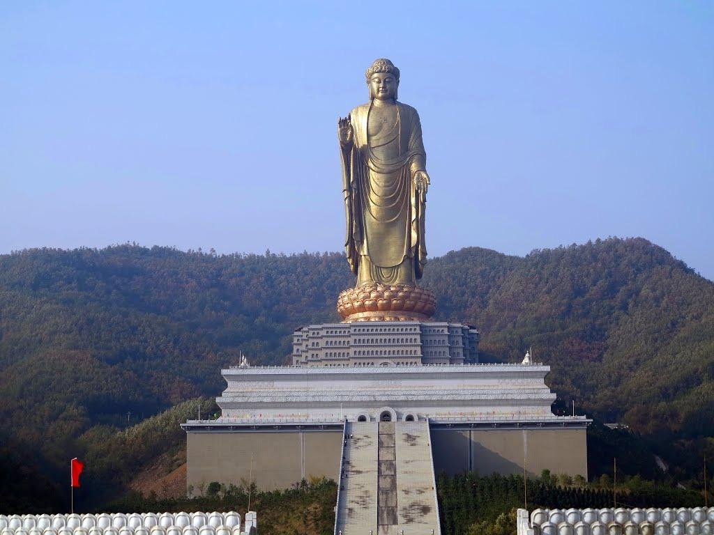 estatuas enormes 10