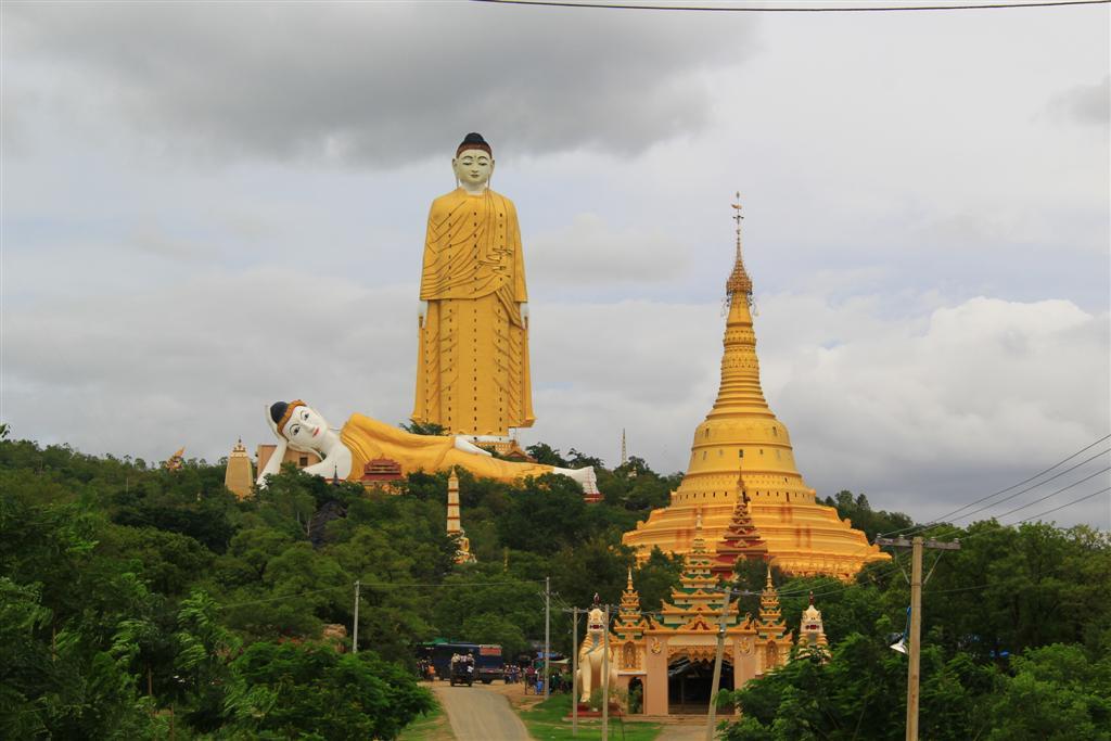 estatuas enormes 16