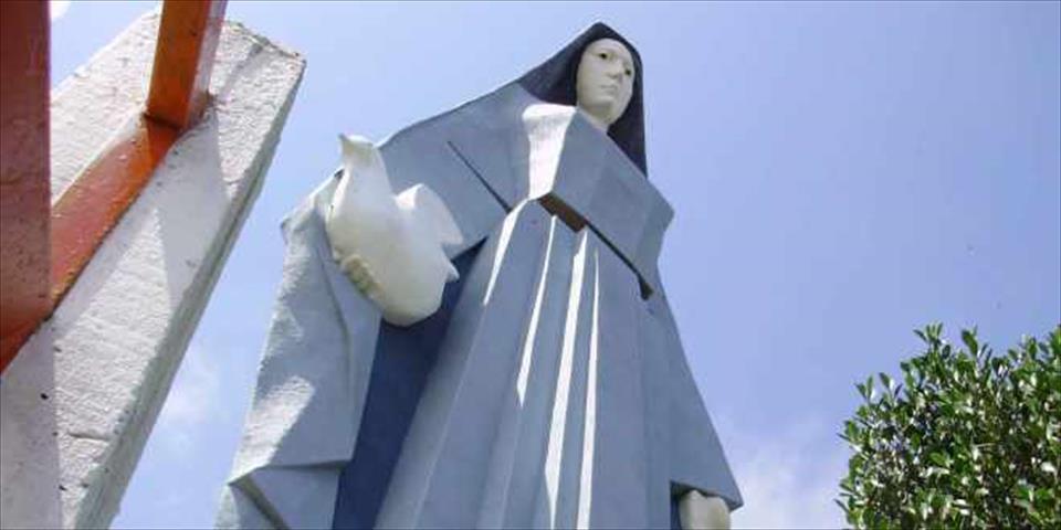 estatuas enormes 18