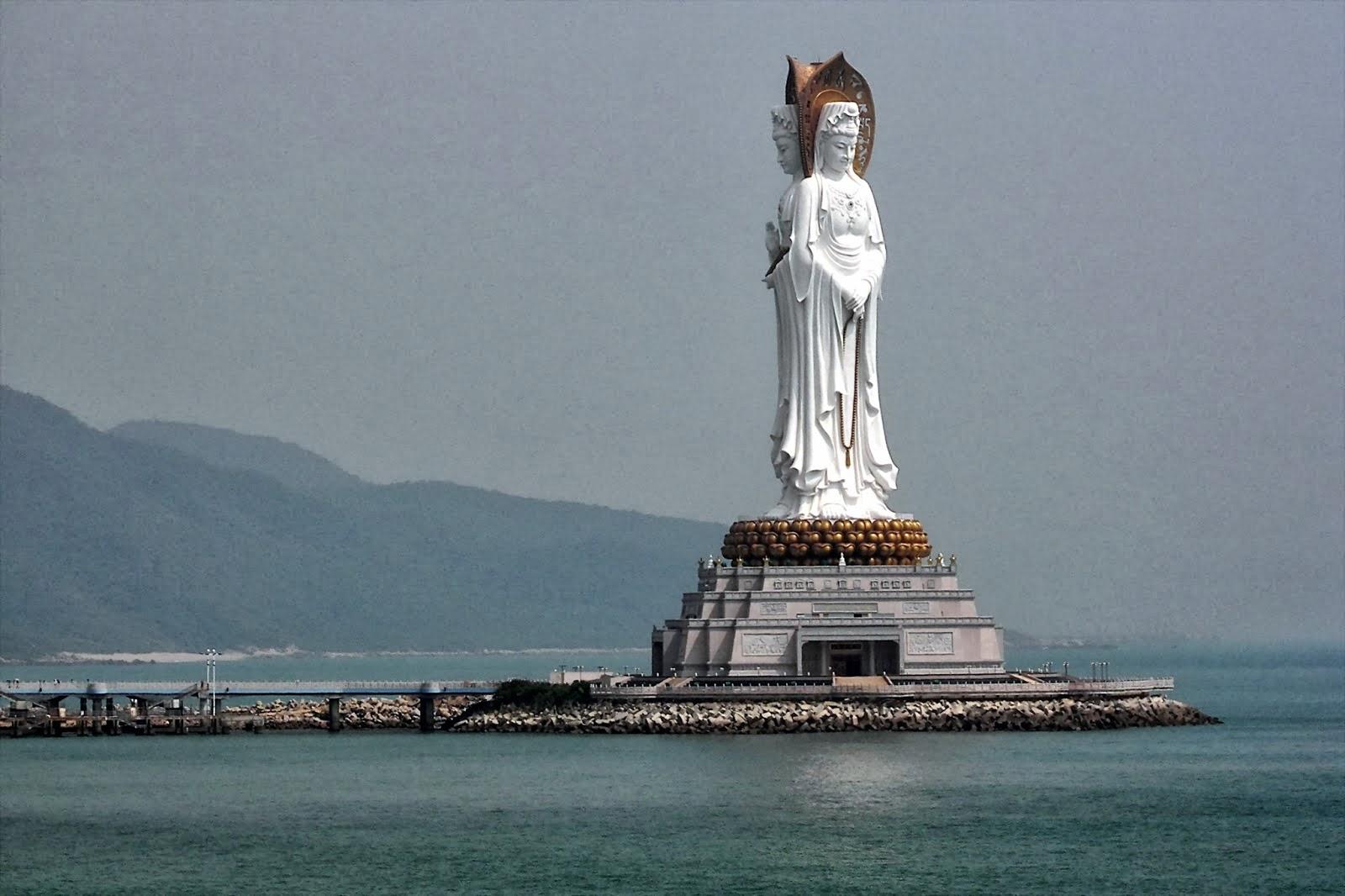 estatuas enormes 19