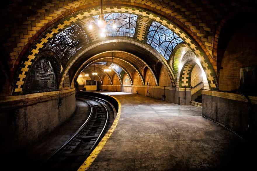 estacion de metro moderno 5