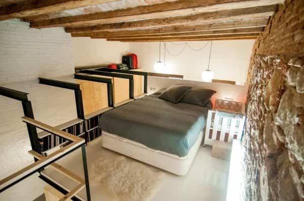 vieja lanvanderia transformada en casa moderna 12