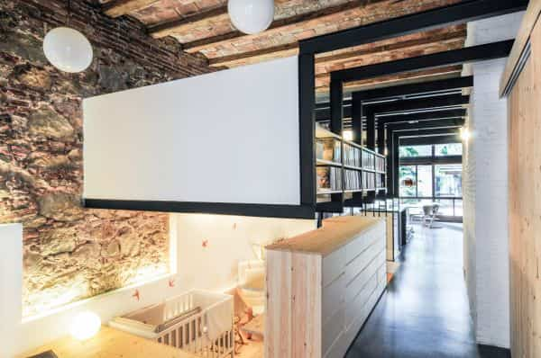 vieja lanvanderia transformada en casa moderna 2
