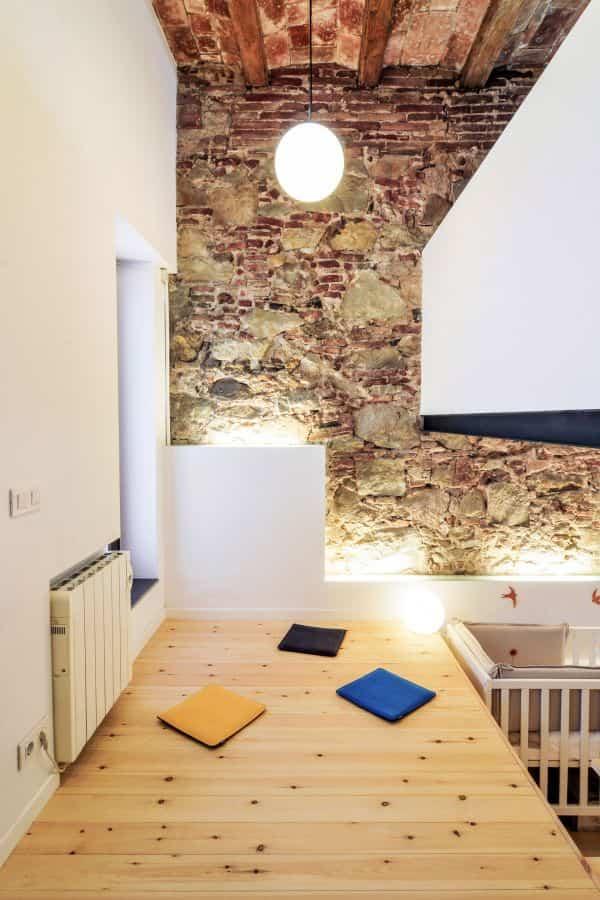 vieja lanvanderia transformada en casa moderna 9