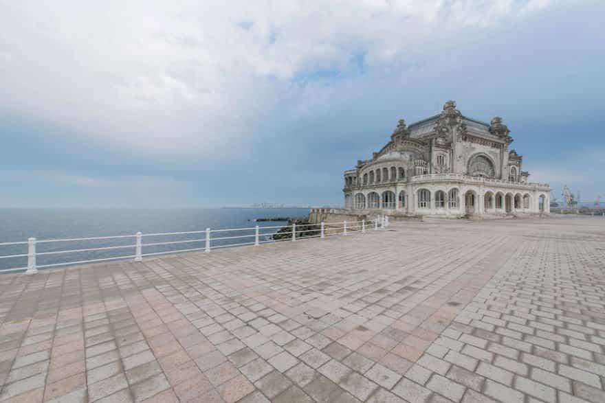 casino abandonado mar negro 1