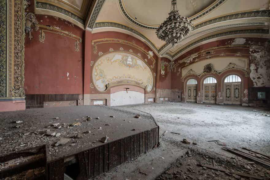 casino abandonado mar negro 10