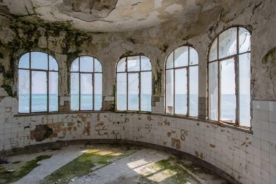 casino abandonado mar negro 4