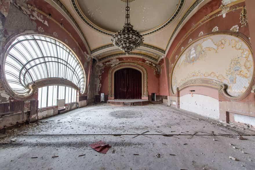 casino abandonado mar negro 5