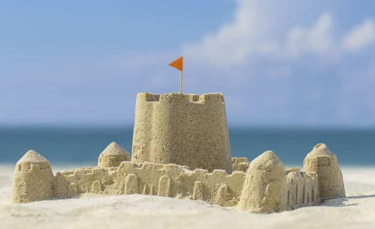 castillo en la playa