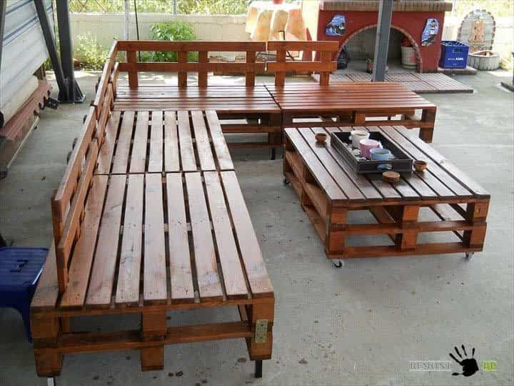 Aprende a reciclar palets de madera para convertirlos en for Cosas recicladas con tarimas
