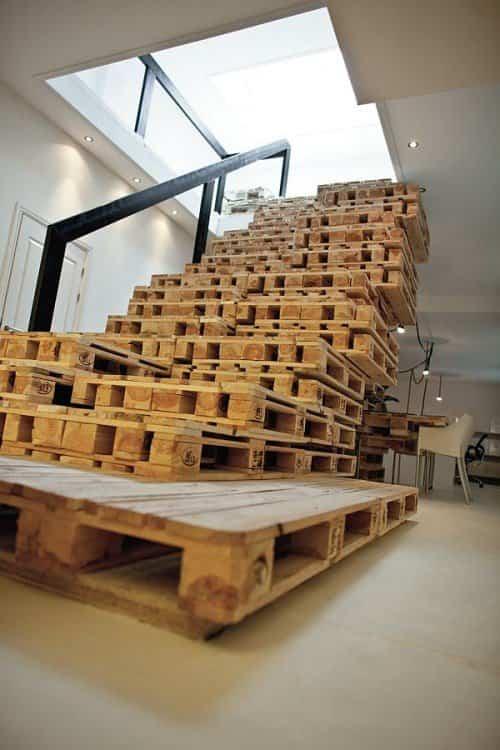 reciclar palets de madera escaleras