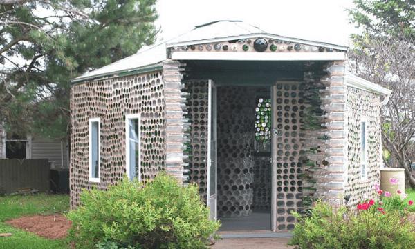 casa de botellas 12