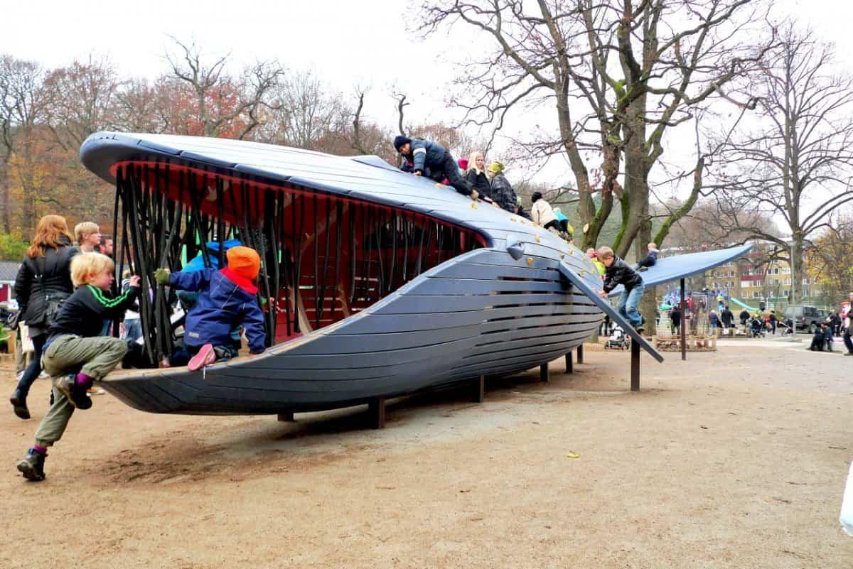 parque infantil ballena azul