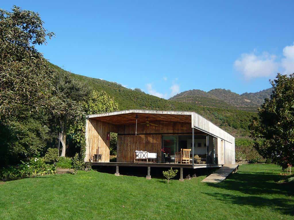 casa de campo construida con pallets reciclados