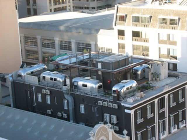 Caravanas encima del Hotel Grand Daddy